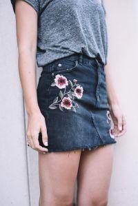 lovelyingrey-flowered-mini